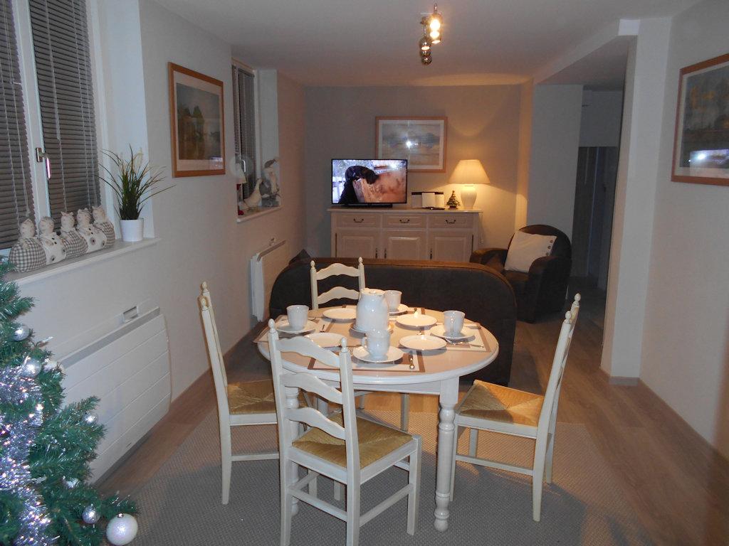 g tes de luxe le c ur des remparts locations de. Black Bedroom Furniture Sets. Home Design Ideas