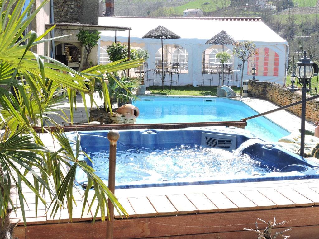 Location Maison Vacances Anniversaire Spa Bouillonnant Maison Letra Beaujolais