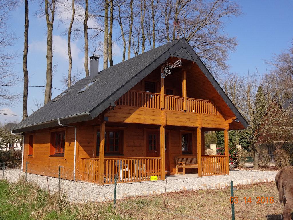 Jolie maison en bois maison et appartements bernières pays de caux