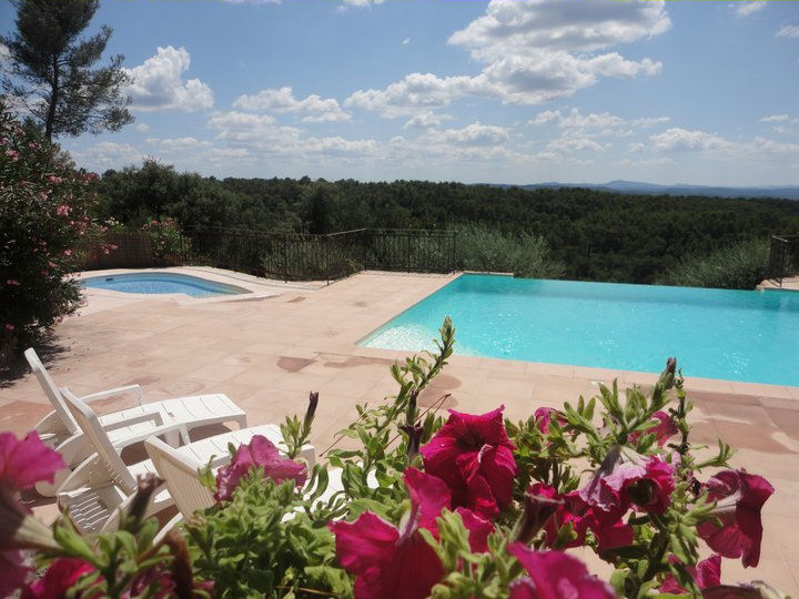 Les bastides proven ales casas de vacaciones entrecasteaux provence verte - Les bastides provencales ...