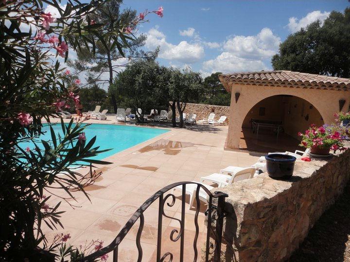 Les bastides proven ales locations de vacances entrecasteaux provence verte - Les bastides provencales ...