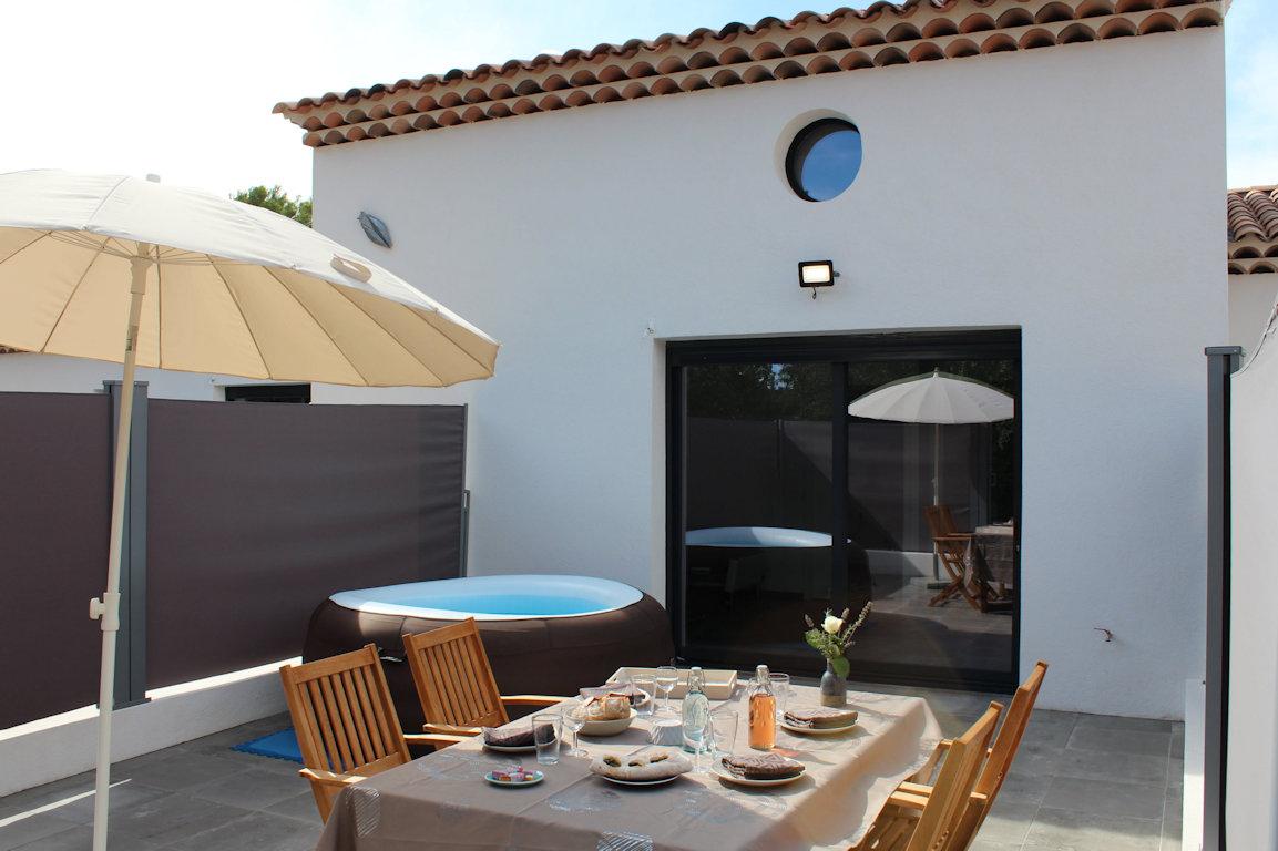 Verdon, beaux gîtes + Spas à bulles chauffés privatifs+ terrasses ...