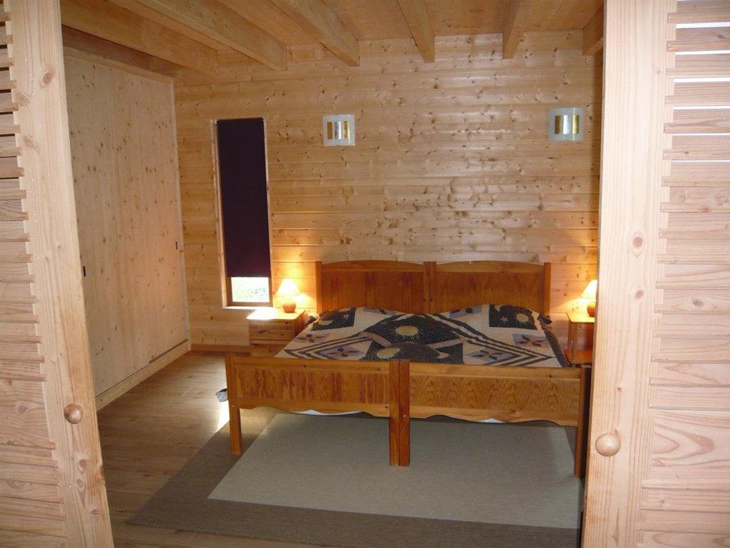 Maison moderne en ossature bois, avec piscine ...
