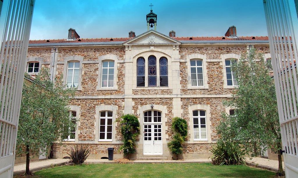La Maison DOlivier Gites Et Chambres Dhôtes Gîtes Mesnardla - Autour du puy du fou chambres d hotes