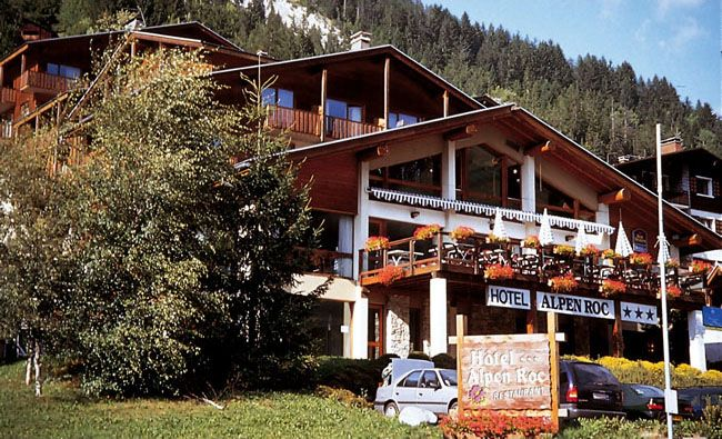 Comparateur hotel alpen roc la clusaz r servation for Hotel comparateur