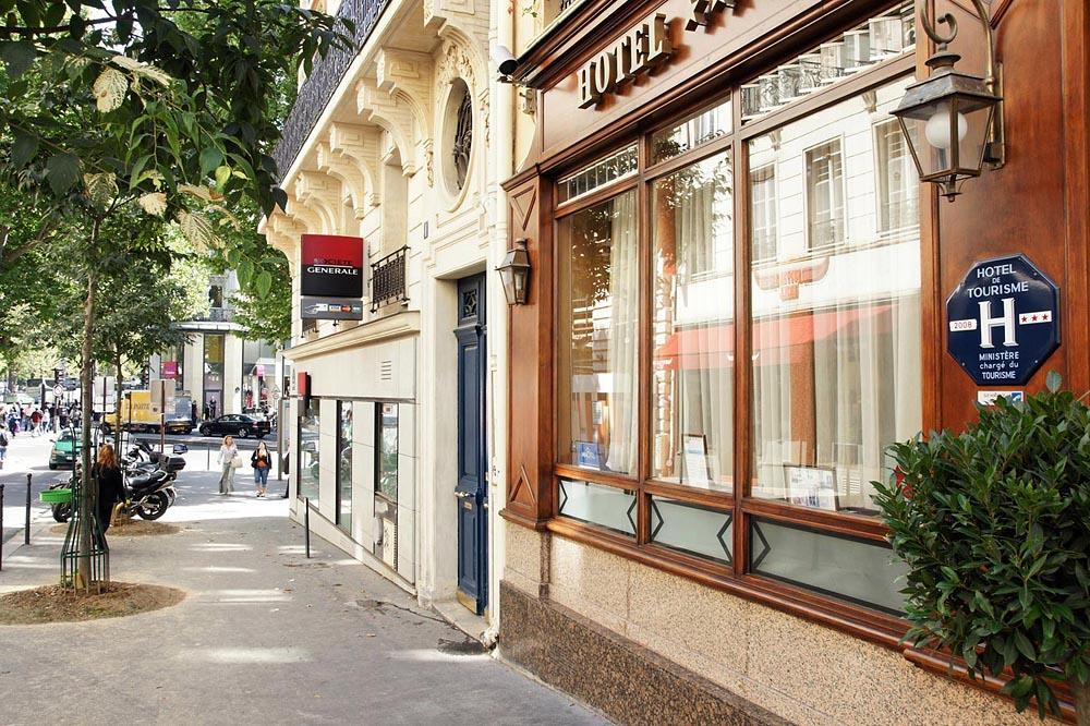 Photos de l 39 hotel meslay r publique paris for Rue des bains