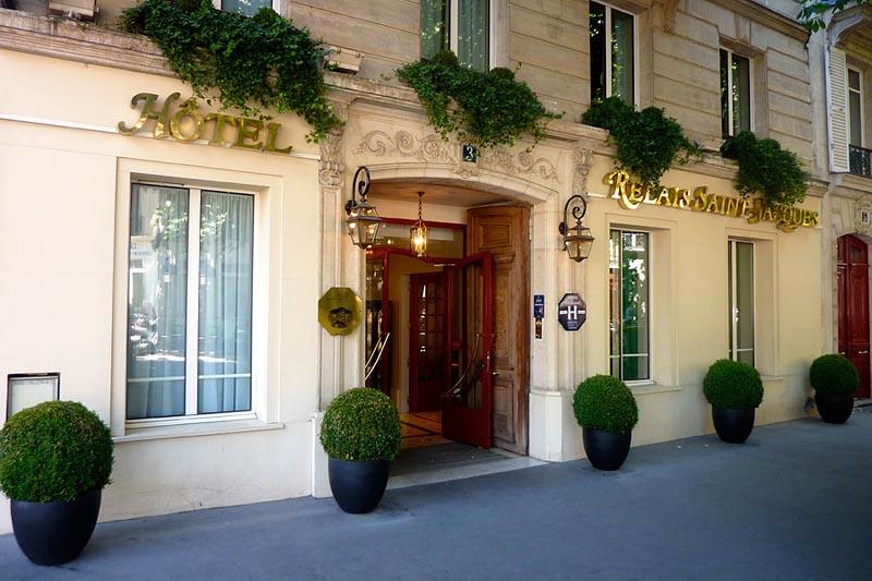 photos de l 39 hotel relais saint jacques paris. Black Bedroom Furniture Sets. Home Design Ideas