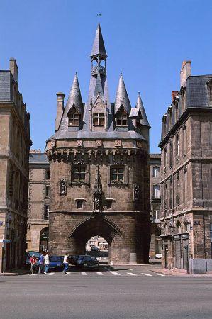 Bordeaux actu urbaine architecturale skyscrapercity for Porte cailhau