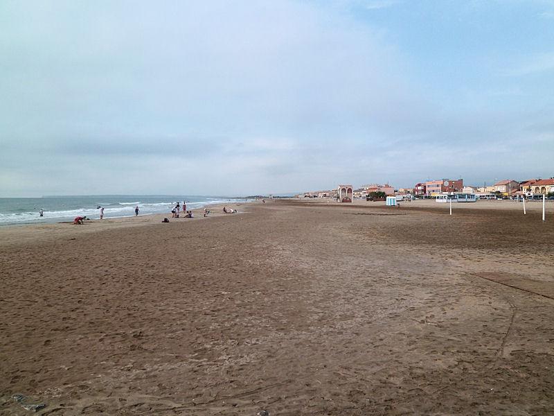 plage principale port la nouvelle