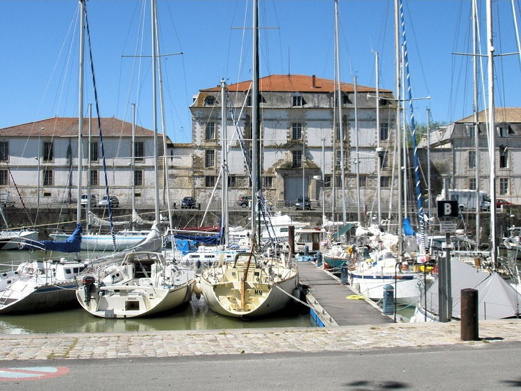 Tourisme rochefort charente maritime - Espace cuisine rochefort ...