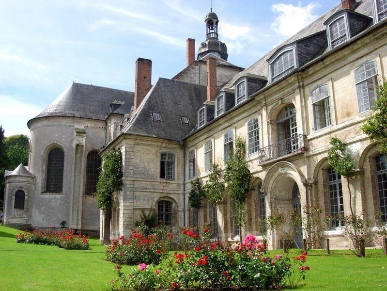 Hotels chambres d 39 h tes locations de vacances et - Abbaye de citeaux horaires des offices ...