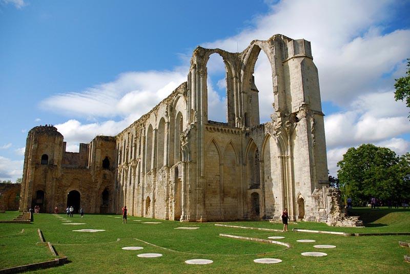 Locations de vacances l 39 abbaye de maillezais et ses environs - Abbaye de citeaux horaires des offices ...
