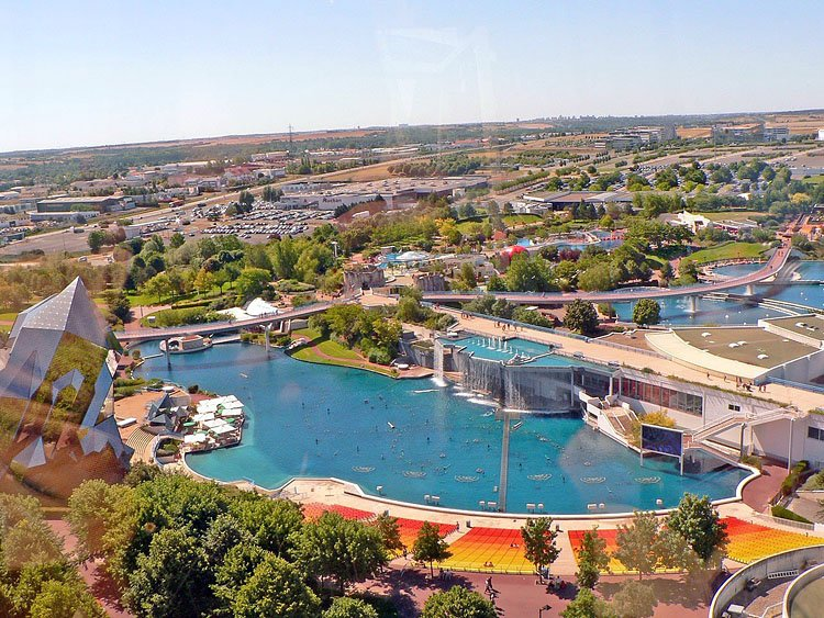 Hotels chambres d 39 h tes locations de vacances et appartements proximit du parc du futuroscope - Chambre d hote poitiers futuroscope ...