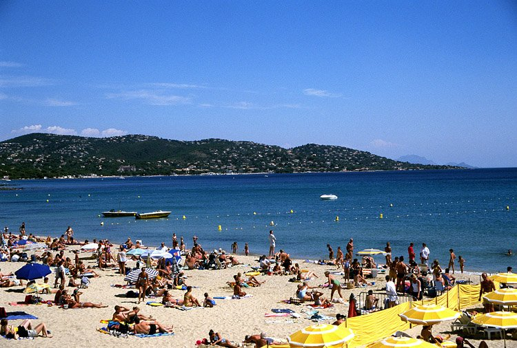 Hotels g tes et chambres d 39 h tes proximit de la plage de la garonnette sainte maxime - Chambre d hote ste maxime ...