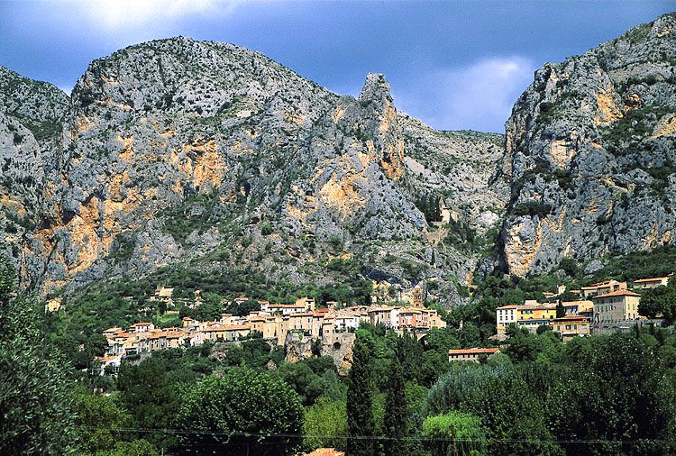 Tourisme moustiers sainte marie alpes de haute provence - Office tourisme moustiers sainte marie ...