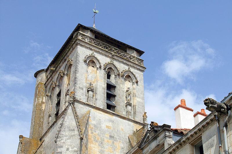 Chambres d 39 h tes l 39 glise saint sauveur la rochelle et - Chambres d hotes la rochelle et environs ...