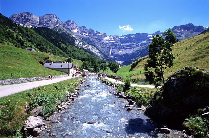 Tourisme gavarnie hautes pyr n es - Office tourisme pyrenees 2000 ...