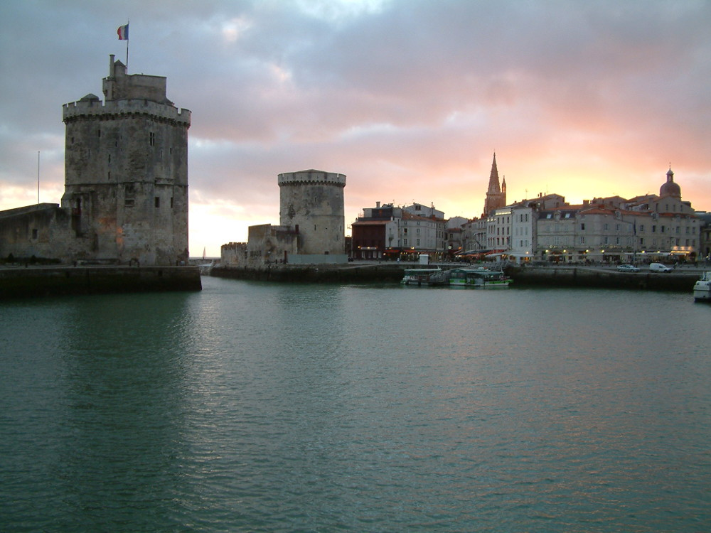 chambres d 39 h tes au grand port maritime de la rochelle et ses environs. Black Bedroom Furniture Sets. Home Design Ideas