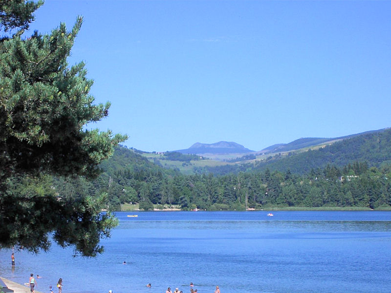 Hotels chambres d 39 h tes locations de vacances et appartements proximit du lac d 39 issarl s le - Les chambres d hotes du lac ...
