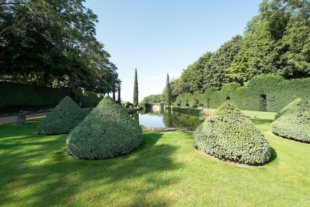 Locations de vacances aux jardins du manoir d 39 eyrignac - Jardin du manoir d eyrignac ...