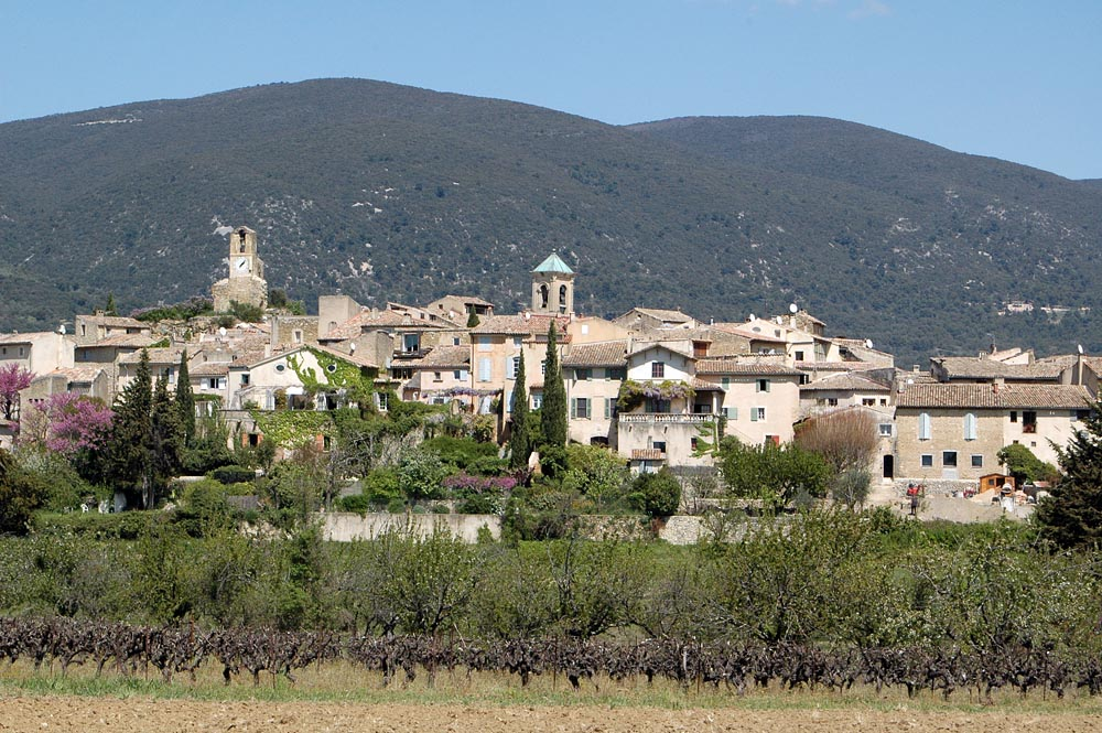 Tourism in lourmarin vaucluse - Office tourisme lourmarin ...