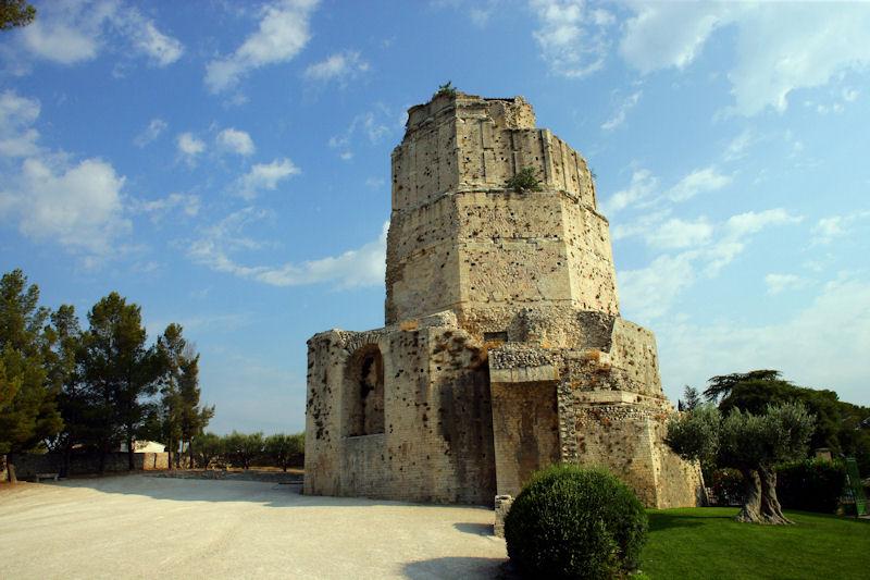 Chambres d 39 h tes la tour magne n mes et ses environs - Chambre d hote colmar et ses environs ...