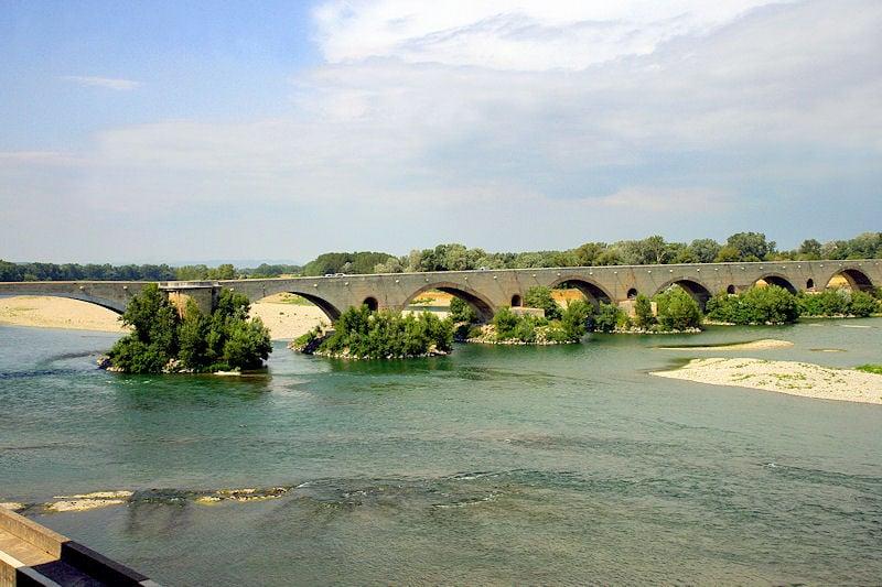 Chambres d 39 h tes au pont du saint esprit pont saint esprit - Office du tourisme pont saint esprit ...