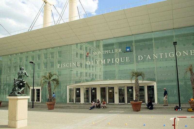 Chambres d 39 h tes proximit de la piscine olympique d 39 antigone montpellier - Piscine spa montpellier ...