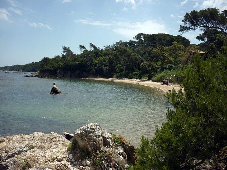 Chambres d 39 h tes la plage du grand langoustier le de porquerolles et ses environs - Chambre d hote ile de porquerolles ...