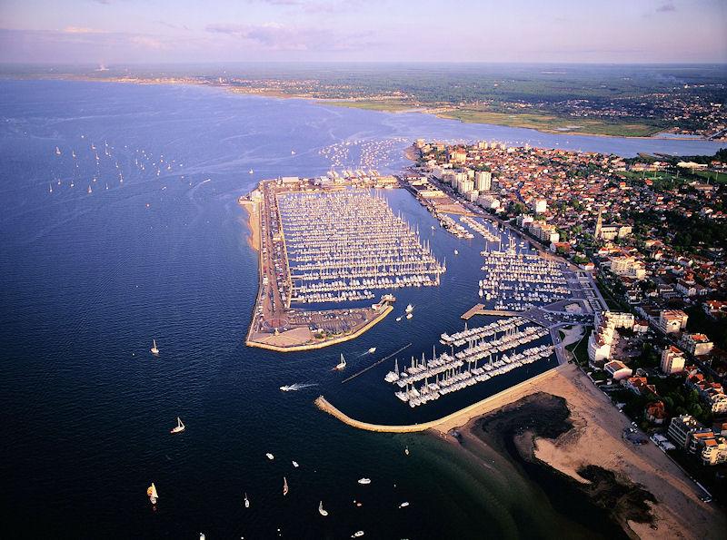 Hotels g tes et chambres d 39 h tes proximit port d - Restaurant arcachon port de plaisance ...
