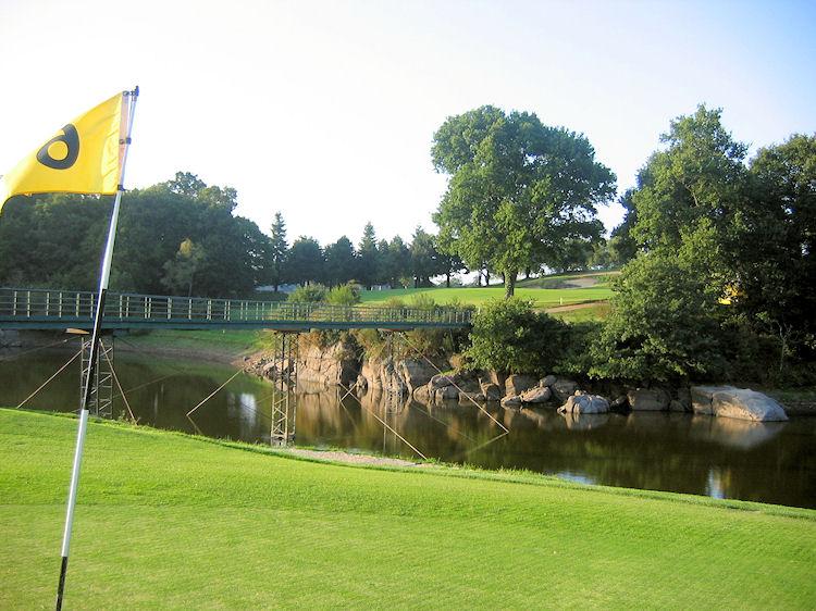 locations de vacances proximit saint malo golf club le tronchet. Black Bedroom Furniture Sets. Home Design Ideas