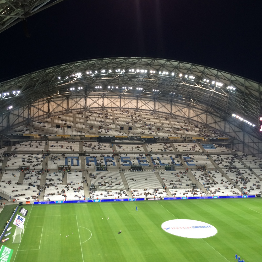 Locations de vacances proximit du stade v lodrome - Piscine olympique marseille ...