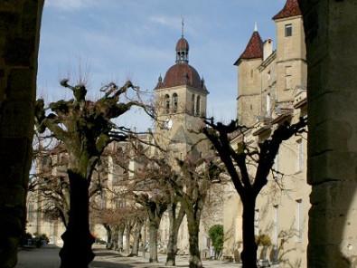Hotels Chambres Dhôtes Locations De Vacances Et Appartements à - Chambre d hote saint antoine l abbaye