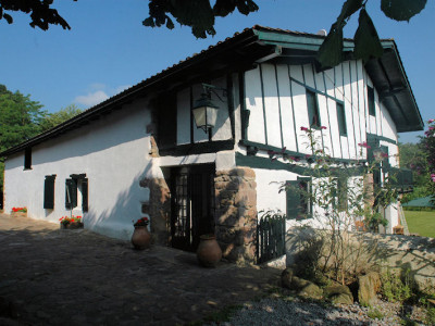Chambres d 39 h tes de charme ttakoinenborda kamers b b sare - Chambres d hotes de charme pays basque ...