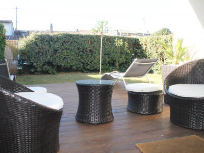 Bel appartement avec parking, terrasse et jardin (Eng Spoken ...