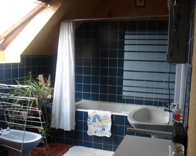 Bed breakfasts beauvais suites and room tauxigny for Garage du centre beauvais